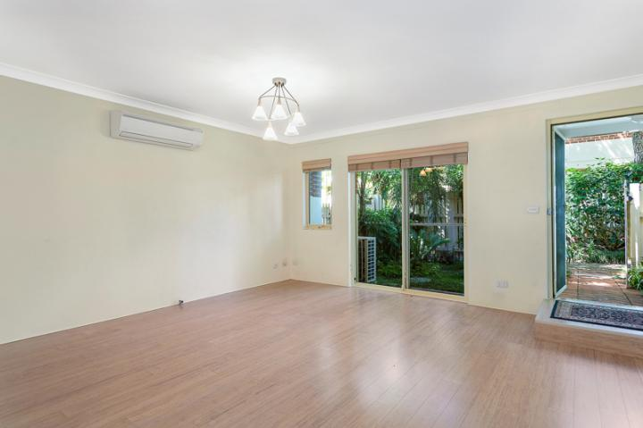 Tri- Level Townhouse in the Heart of North Sydney